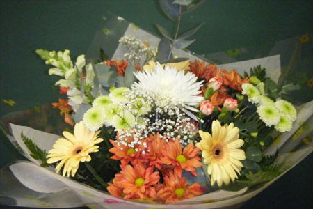 Traditional mixed assortment bouquet